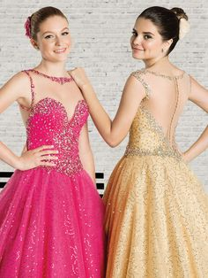 Modelos de vestidos de 15 anos modernos e exclusivos, desenvolvidos pelos nossos estilistas com a dedicação total em agradar as debutantes. - Coleção London Street