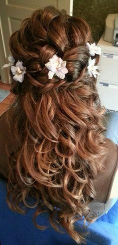 Half up style, braided, curly, flowers, bridal hair, www.samanthakochbeauty.com