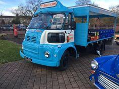 Austin/Morris/BMC FG Milk Float/Ice Cream Van Angus & Sons Fm Mobile, Mobile Shop, Vintage Trucks, Old Trucks, Fish And Chip Shop, London Market, Ice Cream Van, Van Car, Commercial Vehicle