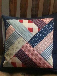 New Craft Fabric Ideas Kissen Ideen - New Craft Fabric Ideas Kissen Ideen - Patchwork Cushion, Quilted Pillow, Patchwork Quilting, Quilting Projects, Sewing Projects, Memory Pillows, Sewing Pillows, How To Make Pillows, Handmade Pillows