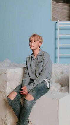 Un libro entero dedicado a Boo Seungkwan de Seventeen. Woozi, Wonwoo, Jeonghan, Hip Hop, Vernon, K Pop, Boo Seungkwan, Choi Hansol, Seventeen Debut