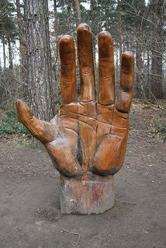 Giant Hand Sculpture in Chopwell Woods, Rowland Gill, England - photo by Louise Milburn (Venvierra @), via Flickr (one of two hand sculptures)