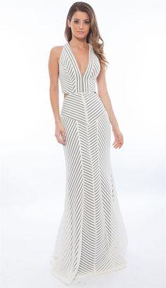 VESTIDO LONGO EM TELA OFF WHITE COM RECORTES - roupas-vestidos-vestido-longo-em-tela-off-white-com-recortes - Skazi Modas