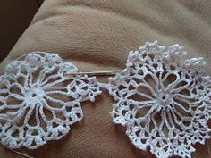 Szydłaki Cudaki - Amigurumi - Handmade with love Tatting Tutorial, Navidad Diy, Crochet Stars, Christmas Crochet Patterns, Christmas Decorations, Christmas Ornaments, Diy And Crafts, Crochet Earrings, Projects To Try