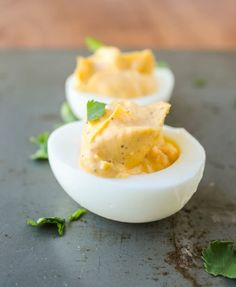 Sriracha Deviled Eggs - The Food Charlatan Paleo Appetizers, Appetizers For Party, Appetizer Recipes, Primal Recipes, Egg Recipes, Cooking Recipes, Sriracha Recipes, Sriracha Deviled Eggs, Good Food