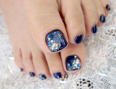 toe nail, pedi, deep blue