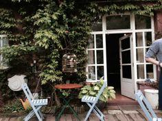 Cafe Alchymista - Summer in the City (of Prague).