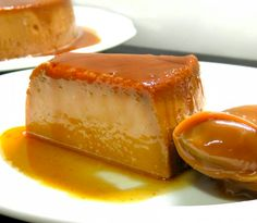 It rsquo s alive ndash Dulce de Leche Flan: Time here has been short – and so will be the story today: My hubby's all times favorite dessert are in fact two: flan and dulce de leche. He likes flan and dulce de leche so badly, he… Köstliche Desserts, Sweets Recipes, Mexican Food Recipes, Delicious Desserts, Cooking Recipes, Yummy Food, Filipino Desserts, Steak Recipes, Guatemalan Desserts