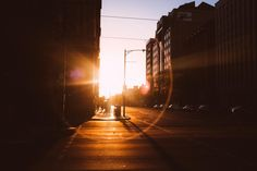 Download this free photo here www.picmelon.com #freestockphoto #freephoto #freebie /// Morning in the Streets | picmelon