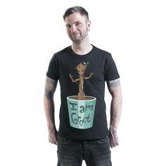 """Classica T-Shirt uomo nera """"I Am Groot"""" de #IGuardianidellaGalassia con scollo tondo e ampia stampa frontale."""