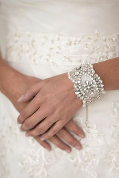 Wedding Pearl Bracelet, Bridal Jewelry, Bridal Bracelet, Wedding Bracelet DIY wedding planner with ideas and tips including DIY wedding decor and flowers. Everything a DIY bride needs to have a fabulous wedding on a budget! Bridal Cuff, Bridal Bracelet, Pearl Bracelet, Wedding Bracelets, Bridal Jewelry Sets, Bridal Accessories, Wedding Jewelry, Bling Wedding, Wedding Favors