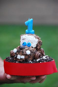 This Mater cake is super cute.  Maybe in a couple of years...
