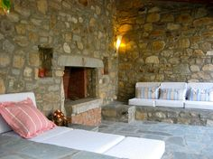 Greece off the beaten track: charming self-catering holiday accommodation in the countryside of Kavala, near some of the best beaches in Northern Greece.