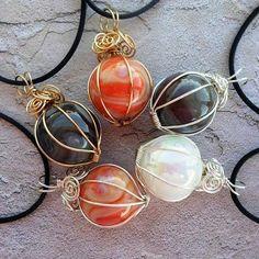 Tutorial DIY Wire Jewelry  Image    Description  Artyzen Studio: Wrapping a Marble Pendant  #Wire #Jewelry #Tutorials