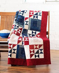 Country Quilts You Can Make This Fall Ohio Star Quilt of Valor - country quiltsOhio Star Quilt of Valor - country quilts Red And White Quilts, Blue Quilts, Star Quilts, Quilt Blocks, Star Blocks, Quilt Boarders, Easy Quilts, Mini Quilts, Colchas Country