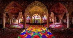We looked at the best of Iranian architecture and compiled our top 10 pieces of historical architecture that are not to be missed.