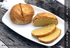 Rustic Grain-Free Bread (paleo and gf) Best Paleo Bread Recipe, Paleo Banana Bread, Banana Bread Recipes, Gluten Free Recipes, Flour Recipes, Paleo Sweets, Paleo Dessert, Grain Free Bread, Gluten Free Grains
