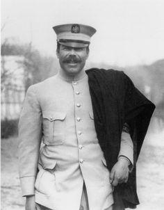 Francisco Villa, Próximo a viajar a la capital para encontrarse con Emiliano Zapata,...
