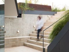 Bercy Chen Studio's Green-Roofed Edgeland House Transforms a F...