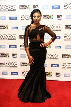 VICTORIA'S LIFESTYLE BLOG: YES IT CAUGHT MY EYES: RED CARPET LOOK FROM MAMA AWARDS.