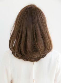 Medium Hair Cuts, Medium Hair Styles, Long Hair Styles, Haircuts Straight Hair, Short Bob Hairstyles, Hair Color For Morena Skin, Hair Color For Asian Skin, Korean Hair Color, Asian Short Hair