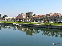Saintes on the river Charente Maritime, Poitou Charente, France