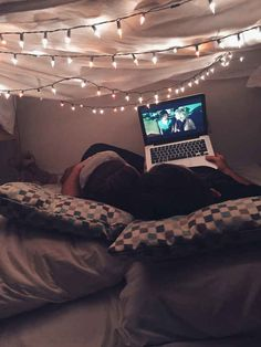 Omg yessssssss have a blanket fort like this with him ! Omg yessssssss have a. Omg yessssssss have a blanket fort like this with him ! Omg yessssssss have a blanket fort like Day Date Ideas, Cute Date Ideas, Relationship Goals Pictures, Cute Relationships, Couple Relationship, Cute Couples Goals, Couple Goals, Fun Sleepover Ideas, Sleepover Fort