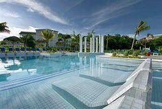 Grand Palladium Lady Hamilton: Largest pool in Jamaica -- travelled in March of 2011