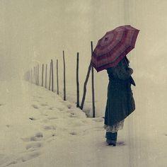 #old #snow #ubrella #neige #parapluie #rythm