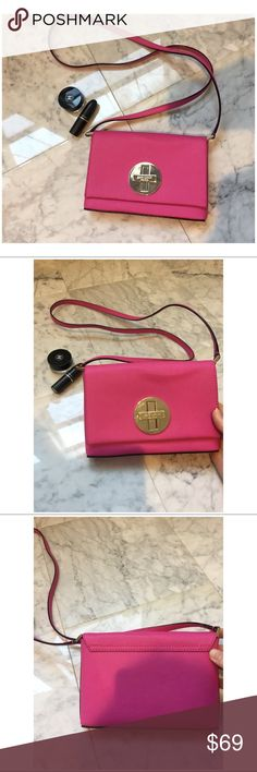 Kate Spade CrossBody Handbag Beautiful pink, authentic Kate Spade, cross body hand bag!  I only wore it once to an event and it's sat in my closet since.  Length: 7 1/2 in. Width: 5 in. SOLD AS IS kate spade Bags Crossbody Bags