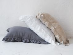 Linen pillowcases made of stonewashed linen. This airy fabric allows skin to breath and ensures feeling of freshness. Linen Pillows, Bed Linen, Linen Bedding, Bed Pillows, Dreams Beds, Minimalist Interior, Natural Linen, Pillowcases, Textiles