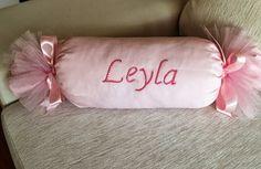 kız bebek için pembe altın yastığı