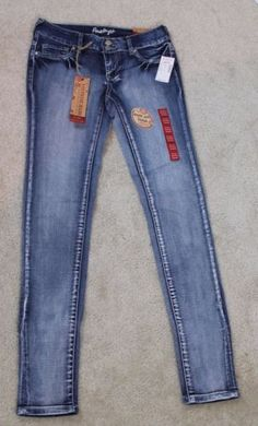 Amethyst-New-Mid-Rise-Super-Soft-Jegging-Jeans-Size-3-Inseam-31-D1-47