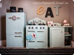 Retro Play Kitchen With All the Bells and Whistles {Pottery Barn Kids inspired}