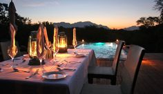 Vuyani Safari Lodge: Meals are prepared according to each traveler�s taste and are served with South African wines.