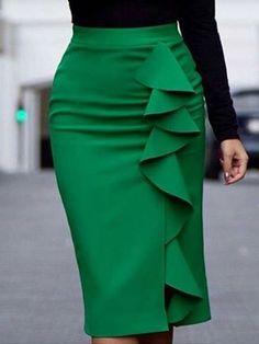 African Fashion Dresses, African Dress, Fashion Outfits, Classy Dress, Classy Outfits, Skirt Outfits, Dress Skirt, Plus Size Spring Dresses, Classic Skirts