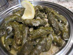 Warak el enab (stuffed grape leaves)