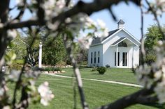 Apple Blossom Chapel...one Gilmore Catering's venues.