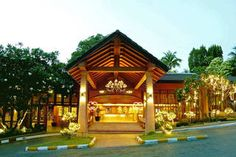 Diamond Cliff Resort & Spa, Phuket, Thailand