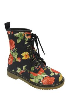 Yoki Welma Floral Print Lace-Up Boot. New in box, size 10. Limited swap or sell.