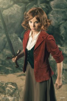 Bilbo genderbend cosplay by Alexander Turchanin