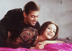 Portraits: Ajay Devgan, Salman Khan and Aishwarya Rai in Hum Dil De Chuke Sanam Salman Khan Aishwarya Rai, Aishwarya Rai Makeup, Aishwarya Rai Photo, Actress Aishwarya Rai, Aishwarya Rai Bachchan, Bollywood Actress Hot, Bollywood Stars, Salman Khan Photo, Classy Couple