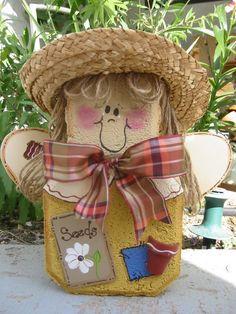 Garden Angel Patio Person Garden Art by SunburstOutdoorDecor Painted Bricks Crafts, Brick Crafts, Painted Pavers, Painted Rocks, Stone Crafts, Summer Crafts, Fall Crafts, Brick Art, Garden Angels