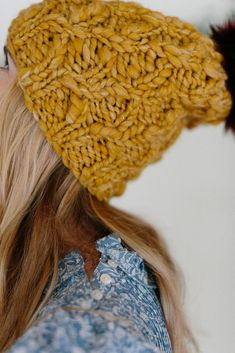 New Crochet Beanie Bulky Yarn Quick Knits Ideas Crochet Beanie, Crochet Yarn, Easy Crochet, Knitted Hats, Chunky Knitting Patterns, Free Knitting, Crochet Patterns, Sweater Patterns, Hat Patterns