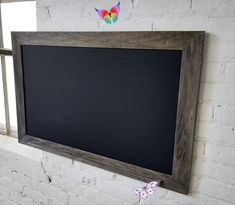 Large Rustic Farmhouse chalkboard - Chalk Ledge - Ebony - Framed Chalk Board - Wall Modern Decor - Shabby Chic - Office - Wedding - Menu Rustic Farmhouse chalkboard with Chalk Ledge - Ebony - Framed Chalk Board - Wall Modern Decor - Shabby Chic - Christmas - Wedding - Menu by VerticalElements on Etsy<br> Farmhouse Style Kitchen, Rustic Farmhouse, Farmhouse Design, Shabby Chic Weihnachten, Tapas, White Farmhouse Exterior, Rustic Frames, Framed Chalkboard, Shabby Chic Christmas