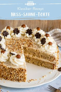 Nut cream cake- Nuss-Sahne-Torte We love this cake! Cake Recipes Without Oven, Cake Recipes From Scratch, Cake Mix Recipes, Dessert Recipes, Desserts, Peach Cobbler Cheesecake Recipe, Easy Cheesecake Recipes, Easy Cookie Recipes, Baking Recipes