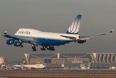 United Airlines Boeing 747-422 N178UA (77370) by Thomas Becker, via Flickr