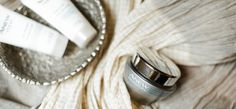 Remove the dirt and oil from the day with ANEW Clean, and triple the moisture of your skin with hyaluronic acid and shea butter with the ANEW Clinical Overnight Hydration Mask.