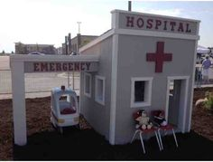 Little Hospital Playhouse, by Leo A Daly and Kiewit Construction