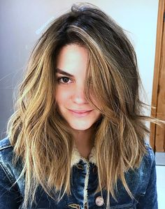 Pinterest: DEBORAHPRAHA ♥️ Messy hair with volume and loose waves #hairstyles #hair #style